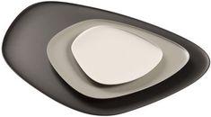 Teller Namasté / Teller - Set aus 3 stapelbaren Teilen, Schwarz, grau, taubengrau von Kartell finden Sie bei Made In Design, Ihrem Online Shop für Designermöbel, Leuchten und Dekoration.