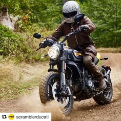 Full Throttle weekend   Wilderness is waiting for you .  Shot by @gregorhalenda : @smokingseagulls   #scramblerducati #fullthrottle #wilderness #portland #oregon #woods #dirt #travel http://ift.tt/2ePbuY0