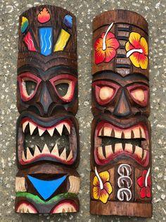 Totem Pole Art, Tiki Totem, Home Cocktail Bar, Tiki Statues, Leather Working Patterns, Tiki Bar Decor, Tiki Mask, Wood Burning Art, African Masks