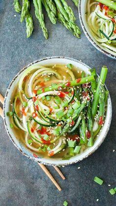 Soupe de spaghettis de courgette  #recette #vegan