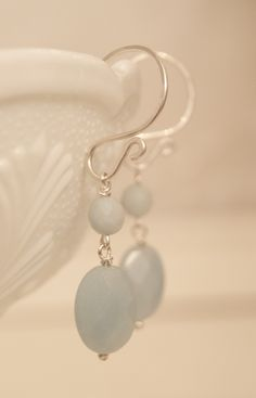 Silver Work, Beading, Pearl Earrings, Jewelry Making, Pearls, How To Make, Fashion, Moda, Bead