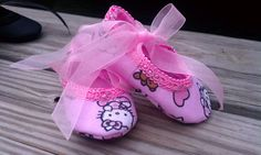 Pink hello kitty print cotton crib shoes by SKYJAMCREATIONS, $7.00
