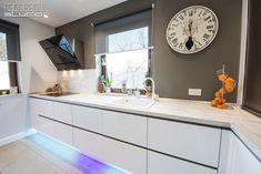 Double Vanity, Kitchen Design, Kitchen Cabinets, Design Inspiration, Bathroom, Chinchillas, Modern, Studio, Home Decor