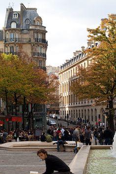 Quartier Latin  http://travideos.es/france/paris/top-videos/conoce_el_barrio_latino_de_paris_en_francia/yoiPf6HE3WQ