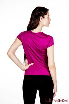Playera. Modelo 18321. Precio $90 MXN #Lineas #outfit #moda #tendencia #2014 #ropa #prendas #estilo #outfit #primavera #playera