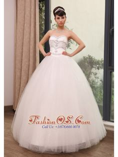 Rhinestones Decorate Up Bodice Sweetheart Neckline Tulle Floor-length 2013 Wedding Dress  http://www.fashionos.com/  http://www.facebook.com/quinceaneradress.fashionos.us  It features a modest sweetheart and exquisite beadings which shape like several lines of half heart. Between every two lines, there are stars accent the center.The dress sways beautifully across the floor when you move, you will be the real star in the wedding ceremony.