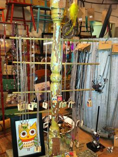 Great display ideas for jewelry
