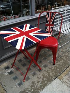 union jack walton street, london- This would be neat on the patio or in the garden! Walton Street, Union Flags, British Things, British Invasion, England And Scotland, British Style, British Decor, Union Jack, British Isles