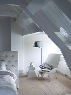 Modern Country Style: 50 AMAZING And Inspiring Modern Country Attic Bedrooms Click through for details. Dream Bedroom, Home Bedroom, Serene Bedroom, Bedroom Loft, Style At Home, Home Living, Living Spaces, Attic Bedroom Designs, Attic Bedrooms