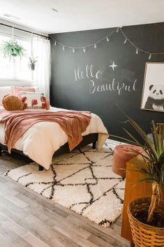 Teen Bedroom Designs, Room Design Bedroom, Room Ideas Bedroom, Bedroom Wall Ideas For Teens, Diy Room Ideas, Girl Bedroom Walls, Cute Room Ideas, Diy Bedroom, Teen Girl Rooms