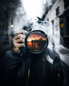 15 Amazing Photography Ideas of The Day - Awed! Smoke Bomb Photography, Urban Photography, Artistic Photography, Creative Photography, Amazing Photography, Street Photography, Portrait Photography, Nature Photography, Digital Photography