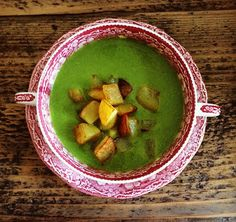 quick pea soup with roasted potatoes - perfect for lunch to go.