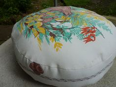 How to sew a recycled table cloth round pillow and bibs · Recycled Crafts | CraftGossip.com