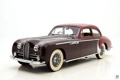 This example, a 1951 Record Coupe, wears beautiful coachwork by Henri Chapron, one of the truly great Parisian designers. Custom Classic Cars, Classic Car Show, American Classic Cars, Modern Classic, French Classic, Vintage Sports Cars, Classic Sports Cars, Retro Cars, Classic Corvette