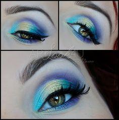 Handmade Black Glamour Middle Luxuriant Eyelashes [ES] http://www.kkcenterhk.com/p10765/ES-Handmade-Black-Glamour-Middle-Luxuriant-Eyelashes/product_info.html