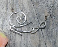 Hammered Aluminum Minimalist Necklace by Ladyjscreative on Etsy