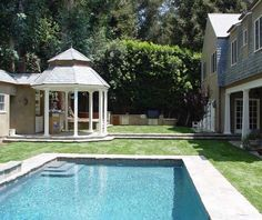 #Pool, #Gazebo, #Grass... Kavin does it all! #LAhomes #GeneralContractor #CustomHomes #Landscape #Architecture #KavinConstruction