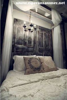 Puerta para espaldar de cama.