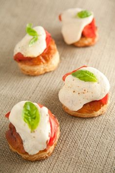 Google Image Result for http://images.pauladeen.com/sized/images/uploads/tomato_and_mozzarella_tarts-291x437.jpg