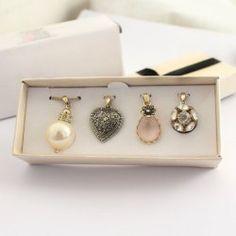 $5.06 4PCS of Sweet Faux Gemstone / Faux Pearl Embellished Pendants For Women