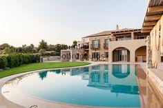 Luxury Villa Dennis - Two flats in Ververonda - Porto Heli Big Pools, Swimming Pools, Villa Marina, Green Nature, Vacation Villas, Luxury Villa, Second Floor, The Neighbourhood, Mansions