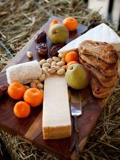 Quick Idea: The Ultimate Cheese Tray Appetizer >> http://www.diynetwork.com/decorating/how-to-make-a-cheese-tray-appetizer/index.html?soc=pinterest