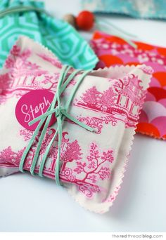 TUTORIAL :: make gorgeous no-sew fabric gift bags - We Are Scout
