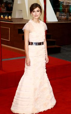 The Contenders: 10 of the Oscar-Nominated Actresses' Best Red-Carpet Looks | Kiera Knightly in Chanel Couture | at the Anna Karenina,  London premiere 2012