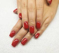 Uñas de gel rojas con esmalte semipermanente de ORLY. #manicura #manicuraorly #orly #semipermanente #gelnails #nailsalon #nails #barcelona #beauty #beautysalon #uñas #uñasdegel #revivenailbeauty #fashion #lifestyle #red #rednails #revivenailbeauty Salons, Barcelona, Beauty, Enamels, Red Gel Nails, Nails, Lounges, Barcelona Spain, Beauty Illustration