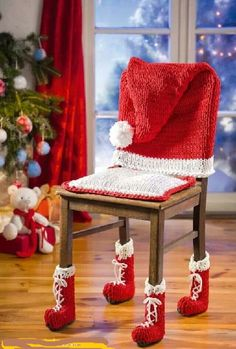 crochet christmas chair covers bedroom lazy 805 best images ornaments cadeira para receber o papai noel knitting fun homemade