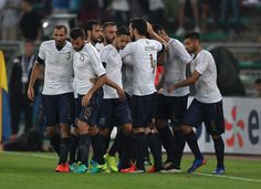 Graziano Pelle of Italy celebrate after scoring the goal with teammates during the international friendly match between Italy and France at Stadio San Nicola on September 1, 2016 in Bari, Italy.