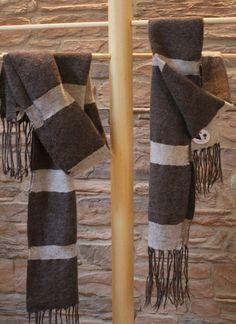Sciarpe fatte a telaio!                                   Composizione: 100% alpaca                                     Misure: 26 x 1.50