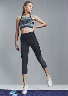 Spectrum Sports Bra with matching Cropped Leggings  #LNDR