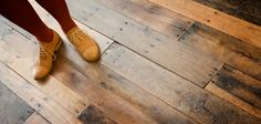 Pallet floor - so inspiring ! I hope to try this one day! Let us be resourceful & creative with what is available !