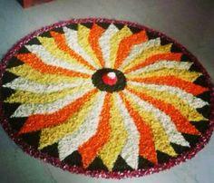 Onam Simple Flower Rangoli, Rangoli Designs Flower, Beautiful Rangoli Designs, Kolam Designs, Flower Designs, Festival Decorations, Balloon Decorations, Flower Decorations, Diwali Rangoli