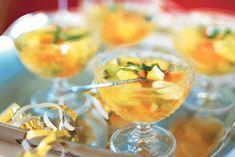 Kijk wat een lekker recept ik heb gevonden op Allerhande! Exotische vruchtenbowl