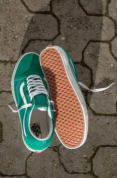 VANS // UA OLD SKOOL (SUEDE/CANVAS) // DKK 700,-