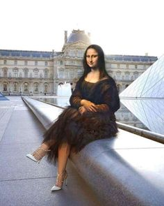 Mona Lisa Parody, Mona Lisa Smile, Christ, Principles Of Art, Miguel Angel, Renaissance Art, Tour Eiffel, Cultura Pop, Trending Topics