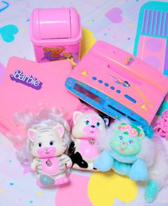 chirorinnu : RT @marsh___mallow: ??????????Fancy Toy????????????????????Glo-Pals??Girl Talk?Teen Dreams Clock Radio Telephone????????????????????? http:? | Twicsy - Twitter Picture Discovery