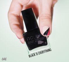 Beautiful manicure ! Fanny Lyckman Nail lacquer NCLA