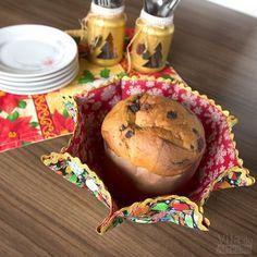 Um jogo de cestas de tecido para organizar e dar um clima festivo à sua mesa é mais fácil de fazer do que você imagina. Eu te ensino e dou as dicas. Veja.
