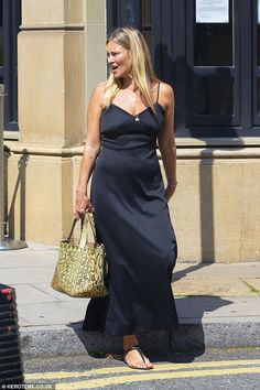 Kate Moss Style, Scarf Jewelry, Women Accessories, Accessories Jewellery, Dress Up, Daughter, Lady, Inspiration, Scarves