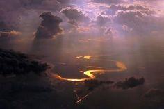This is the Musi River that runs through Palembang, Sumatra. Palembang, Northern Lights, Cottage, River, Photographs, Pictures, Painting, People, Nature