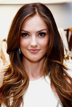 minka kelly hair color