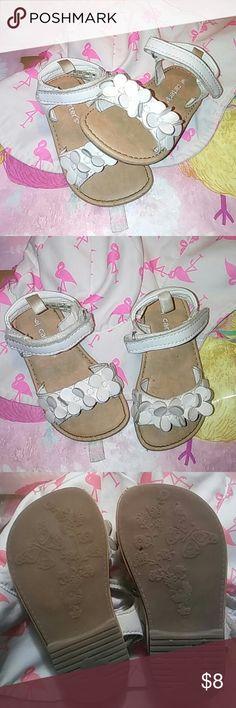 Carter's White Flower Design Strap Sandals Size 6 Carter's White Flower Strap Sandals Used while playing but are still in good condition. Carter's Shoes Sandals & Flip Flops