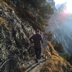 Back running the high trails with @zeelamalinois and Chrigi. What a beautiful day it was. @on_running #trail #venture #run #running #wetterhorn #uphigh #fall #firstsnow