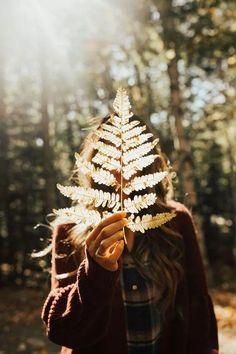 Featured On Anthropologie: Shades of Fall Blo Kim Heymynameiskimm photography inspiration Fall Vibes Girl Photography Poses, Autumn Photography, Creative Photography, Backlight Photography, Hiking Photography, Natural Light Photography, Autumn Aesthetic, Aesthetic Photo, Aesthetic Pictures