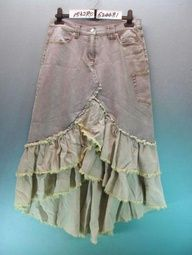 love the angled ruffles & the faded colors