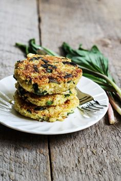 Quinoa & cauliflower cakes with ramps