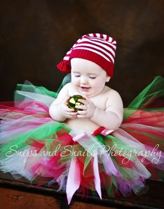 Have yourself a merry little Christmas ::family Christmas portraits:: | Hagerstown MD and PA newborn baby photographer